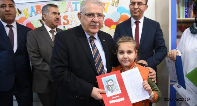 Başkan Mahçiçek; Okullarda Karne Törenlerine Katıldı