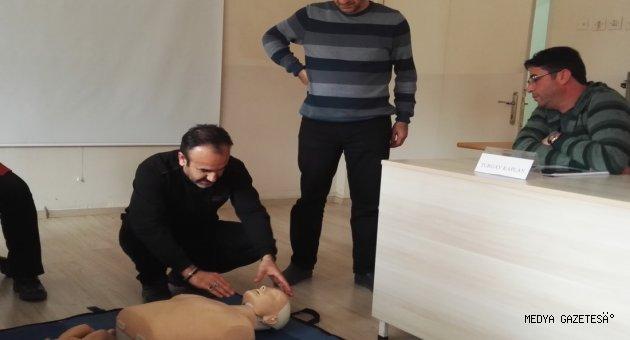 Kahramanmaraş İl Sağlık Müdürlüğü Tarafından Üniversitemiz Personeline İlkyardım Eğitimi Verildi