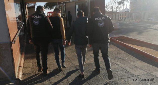 Kahramanmaraş'ta havaya ateş eden 2 şüpheli tutuklandı