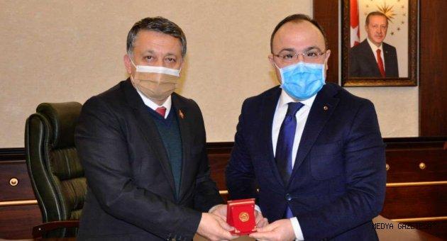 Küresel Gazeteciler Konseyi (KGK) heyeti, Elazığ Valiliği ile Elazığ Belediyesi'ni ziyaret etti