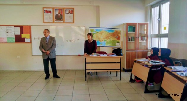 ONIKISUBAT ILCE MUFTUSU ILICA IMAM HATIP ORTAOKULUNU ZIYARET ETTİ