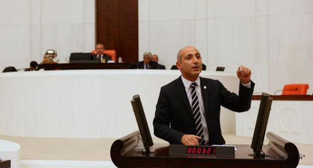 **Öztunç, Çağlayancerit'in Sulama Sorunu Meclis Gündemine Getirdi!